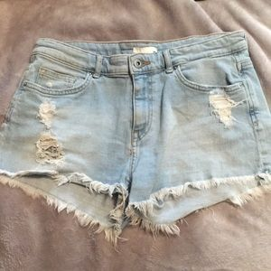 H&M Distressed Jean Shorts Size 8